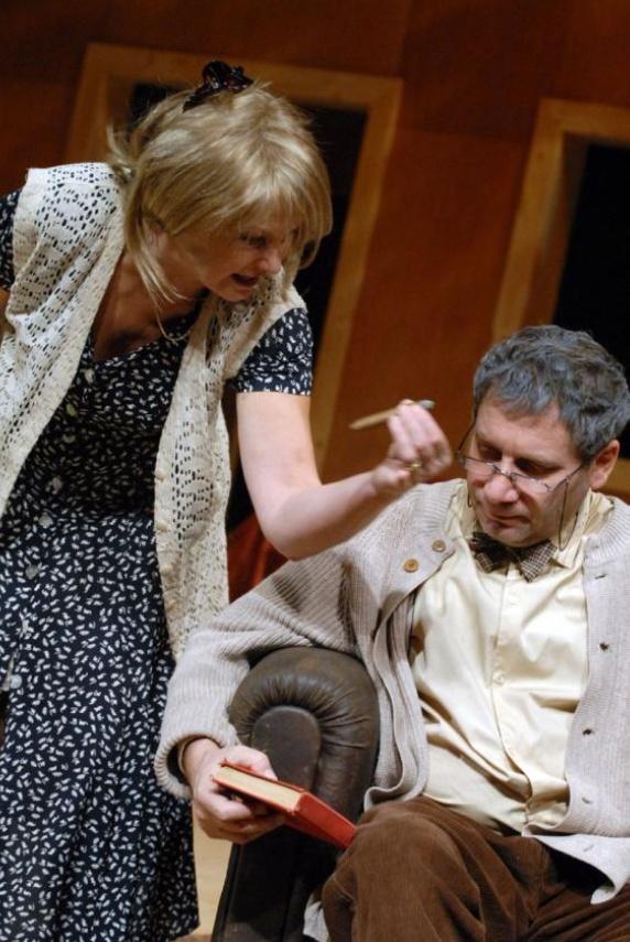 87efeb20663 Prague Shakespeare Company zahajuje sezónu úspěšnou Venuší v kožichu ...