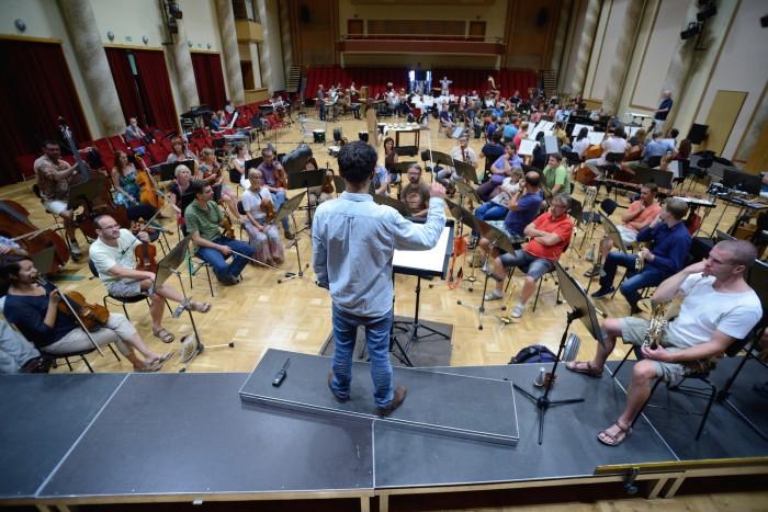 Zkouska skladby Gruppen Karlheinze Stockhausena II