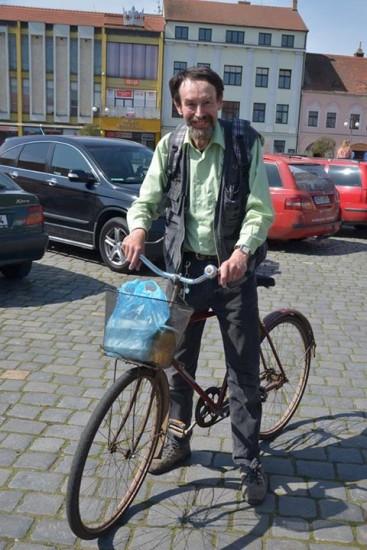 J. Bauer na kole