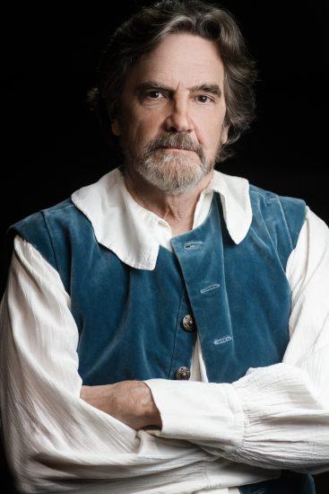 Lane Davies v roli Dona Quijota