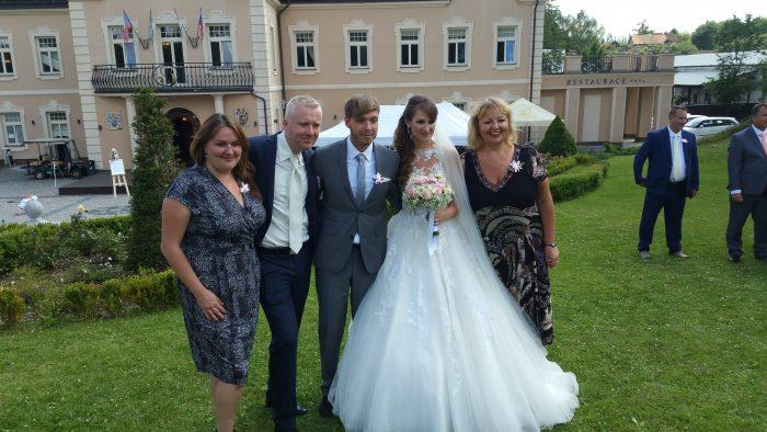 2017 Robert Lucie s prateli Alenkou Koktovou a jeji dcerou Alenou a sy