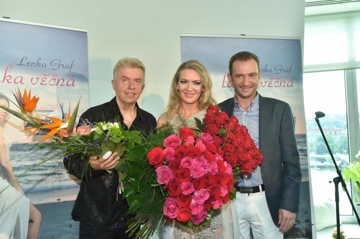 J. Sveceny, L. Graf a manzel Ales Graf DVO_0799
