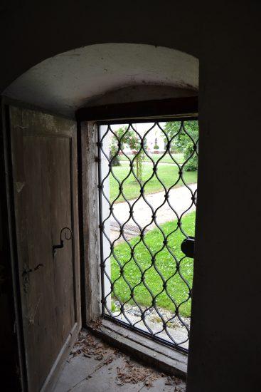 TZ_Děti musí v tajemných sklepech a na půdách žďárského zámku najít ztracenou truhlu, budou -hasit- i požár (2)