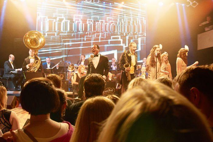 Original Vintage Orchestra to umí rozjet! Zdroj_ Kateřina Šulcová