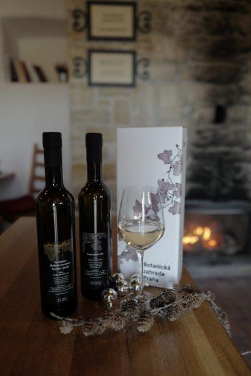 Víno z vinice sv. Klára - dárkové balení (10)