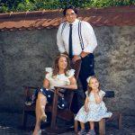 A. Plachtka s manželkou K. Kněžíkovou a s 3-letou dcerou Adálkou - zámek Liteň (léto 2017) - (photo Ilona Sochorová) 1