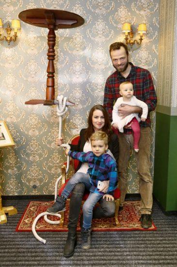 Lukas Langmajer se synem Mikulasem, dcerou Magdalenkou a manzelkou Lucii