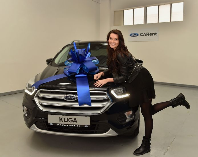 Nikol_Svantnerova_Ford_Kuga (4)_preview