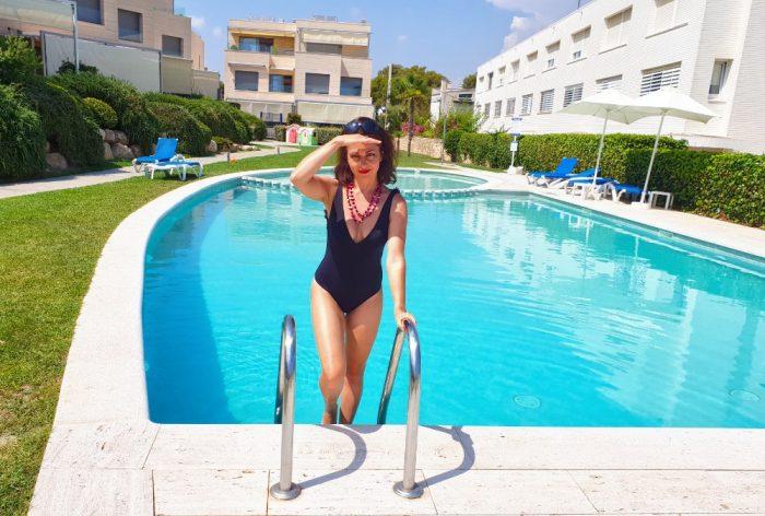 Eva Borska u bazenu
