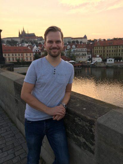 Martin Chodur si behem pracovni navstevy Prahy zasel i na Karluv most 1