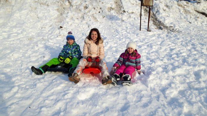 Eva Borská na Silvestra s dětmi bobovala