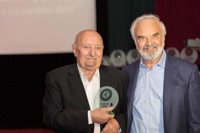 Laureáti Ceny za mimořádný přínos v oblasti mluveného slova Josef Somr (letos) a Zdeněk Svěrák (vloni)