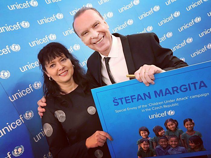 Štefan Margita s výkonnou ředitelkou UNICEF ČR paní Pavlou Gomba