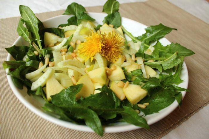 Pampeliškový salát s fenyklem4_NATURHOUSE (1)