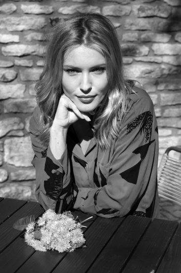 7 Linda Bartosova10