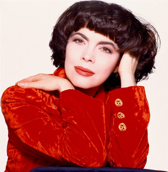 Mireille Mathieu (photo JVS Group) 3